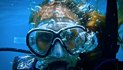 Girl in Scuba mask,